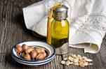 Argan Oil, τα 8 σημαντικότερα οφέλη του στο δέρμα και τα μαλλιά μας