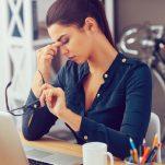 Τα 10 ανησυχητικά σημάδια υγείας ότι έχεις υπερβολικό άγχος – εργασιακό και μη!