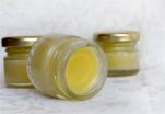 Φτιάξε τη δική σου κρέμα δέρματος με κερί και μαστίχα