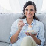 Διατροφή για χοληστερίνη: Τι να τρώμε, τι να μην τρώμε, τι μπορεί να μειώσει τα επίπεδα χοληστερόλης