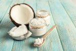 Λάδι καρύδας: 10 συνταγές ομορφιάς για να φροντίσετε το πρόσωπο, το σώμα και τα μαλλιά