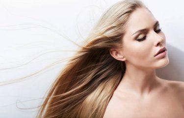 cdb57af5ac85 Πως θα φτιάξεις το δικό σου έλαιο μαλλιών για αύξηση της πυκνότητας και του  όγκου
