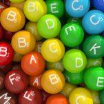 Οι καλύτερες πηγές για κάθε βιταμίνη: Ποιες τροφές είναι πλούσιες στα θρεπτικά συστατικά που χρειάζονται οι γυναίκες