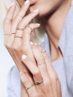 Έτσι θα κάνεις τα χέρια σου να δείχνουν πάντα περιποιημένα & τα δάχτυλά σου να φαίνονται πιο μακριά