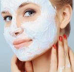 Σπιτική αναπλαστική μάσκα που διαγράφει εντελώς τις ρυτίδες σε πρόσωπο και λαιμό! Κι όμως γίνεται!