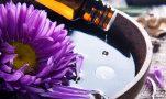 Αιθέρια έλαια: Περιποιηθείτε την επιδερμίδα σας φυσικά