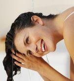 3 σπιτικές μάσκες μαλλιών για μεταξένια υφή και λάμψη