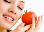 Σύσφιξη, λεύκανση, λάμψη, με μάσκες από ντομάτα!
