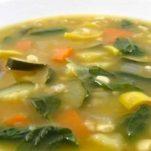 Συνταγή για την πιο νόστιμη σούπα δίαιτας  και αποτοξίνωσης!