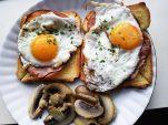 8 τροφές για να φτιάξεις το στήθος των ονείρων σου (και να το προφυλάξεις)