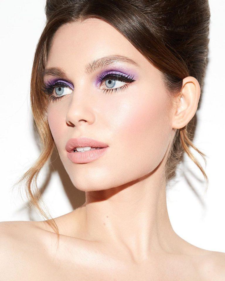 Πώς θα εφαρμόσεις το eyeliner ανάλογα με το σχήμα των ματιών σου σύμφωνα με την ειδικό.