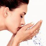 Φτιάξτε το δικό σας γαλάκτωμα με βότανα και καθαρίστε το πρόσωπό σας φυσικά!