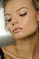 Προετοιμάστε το δέρμα σας για την άνοιξη