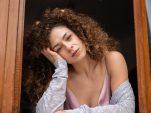 3 τρόποι για να αποφύγεις τις ρυτίδες άγχους σύμφωνα με τους δερματολόγους.