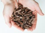 5 οφέλη της μαύρης σοκολάτας για το δέρμα σου