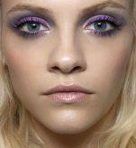 Πως θα κάνετε περίγραμμα με το χρωματιστό eyeliner (video)