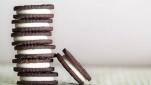 Συνταγή για σπιτικά μπισκότα τύπου Oreo χωρίς ζάχαρη και αλεύρι
